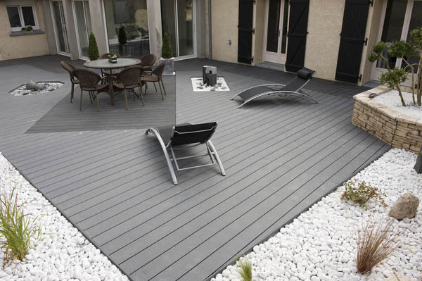 UPM-ProFi-Deck-Private-house-in-North-France-1_4067_0