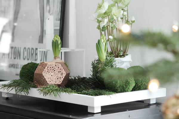 Christmas-decoration-tray